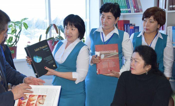 Ғылыми кітапхана жаңа кітаптармен толықты