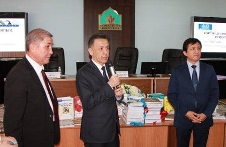 «Қазақ тіліндегі 100 жаңа оқулық» жобасы аясында аударылған кітаптар таныстырылды