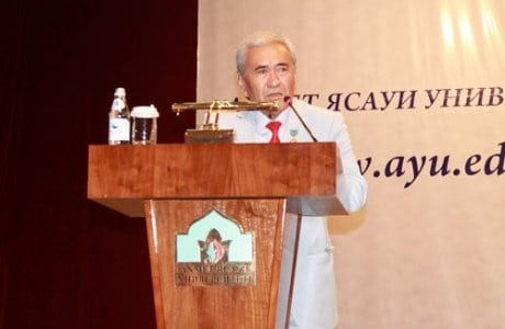 Ахмет Ясауи университеті ұжымы Түркістан облысының құрылуына орай қуаныштарымен бөлісті